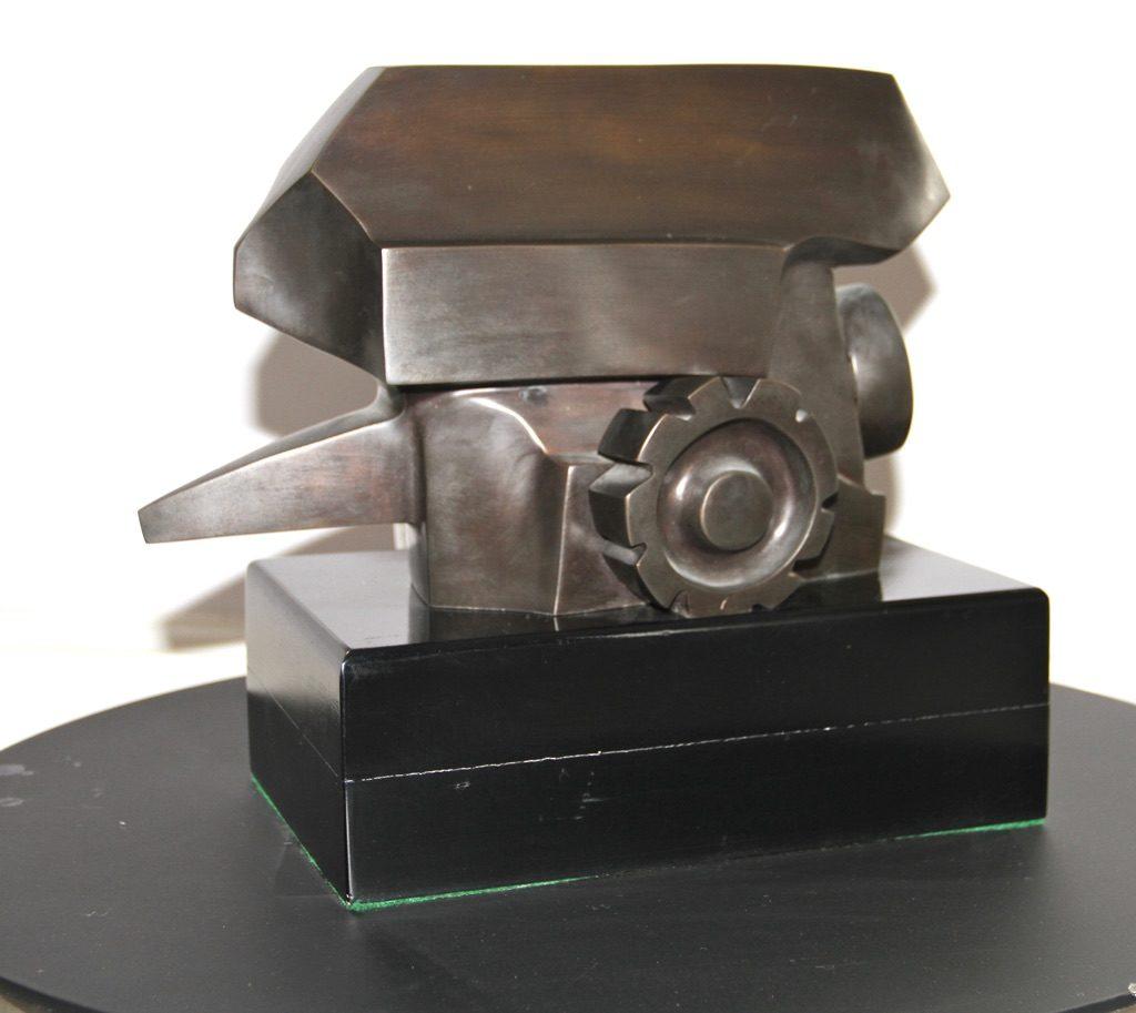 Paulette Scialom. 'Canon'. Bronze. 1999