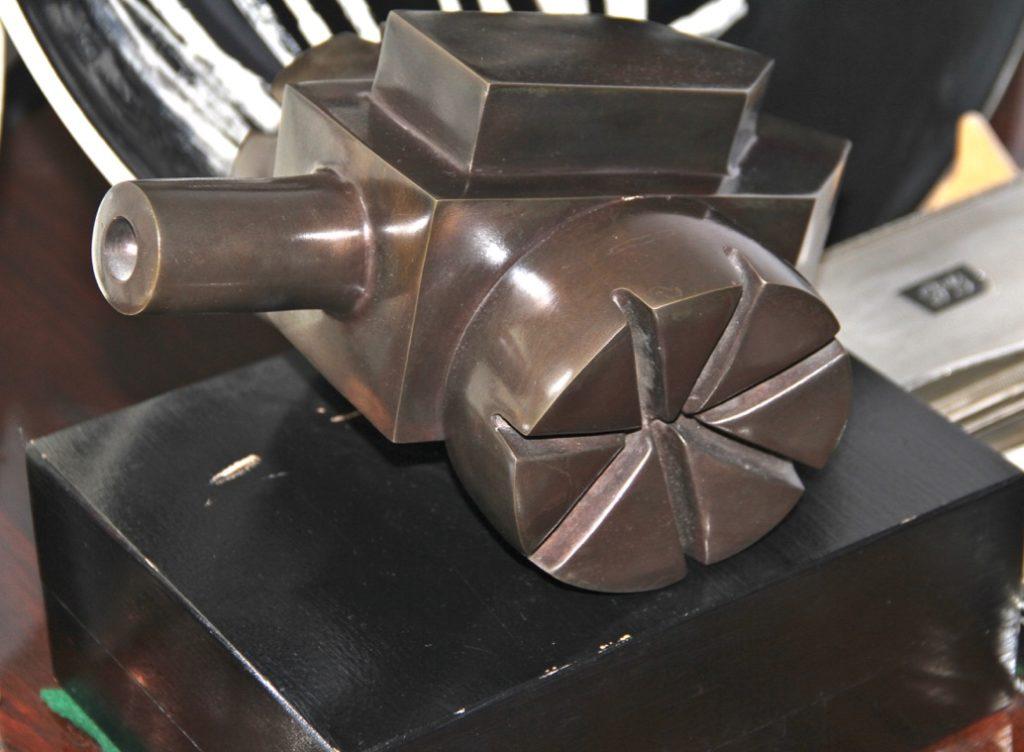 Paulette Scialom. Bronze sculpture
